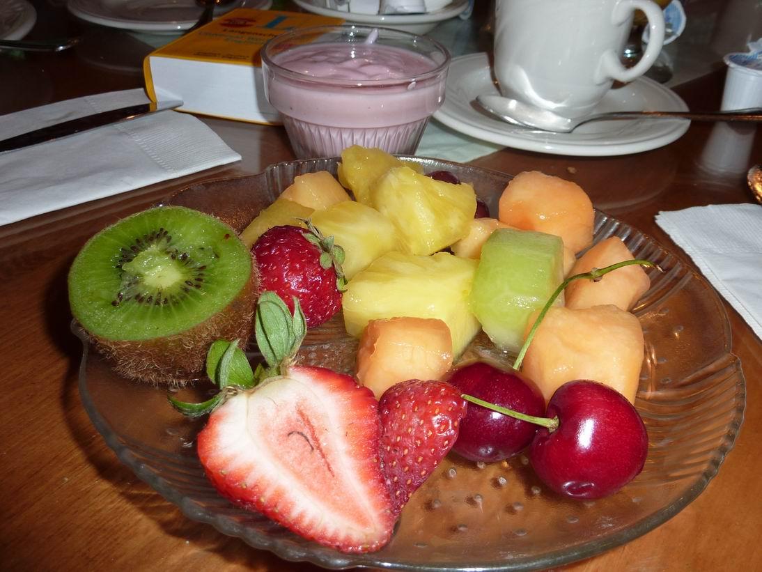 10-07-17-1 Obst zum Fruehstueck